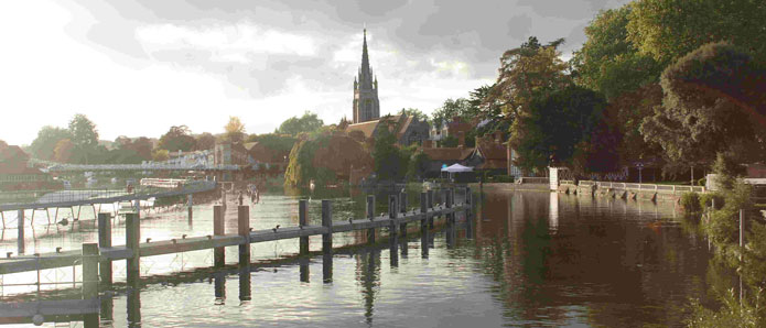 A view of Marlow bridge from the river bank